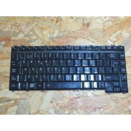 Teclado Toshiba A200 / A300 / L300 Series Brilhante Usado Ref: V000122460 / MP-06866P0-9308